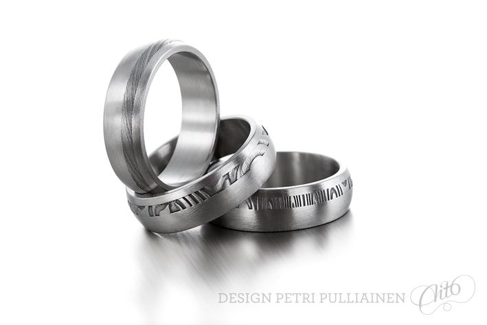 Set of stainless steel rings with Damascus stripe. Photo Mikael Pettersson