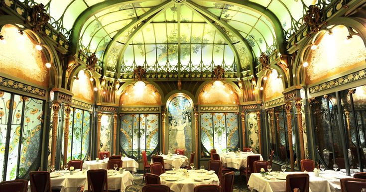 Fermette Marbeuf Paris 8e arrondissement - beautiful art deco restaurant close to the Champs Élysée