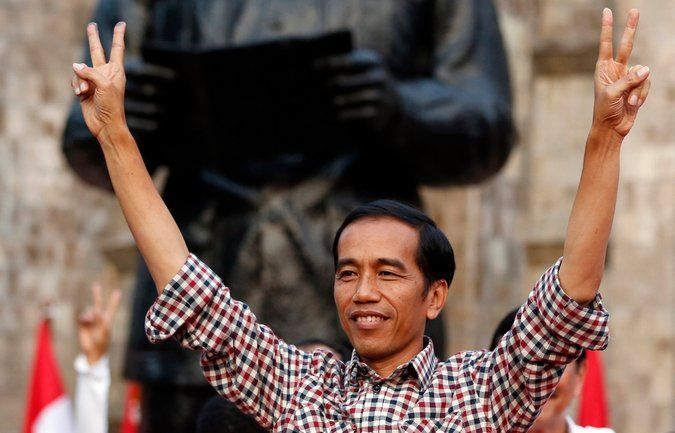 In Southeast Asia, Indonesia Is an Unlikely Role Model for Democracy - NYTimes.com