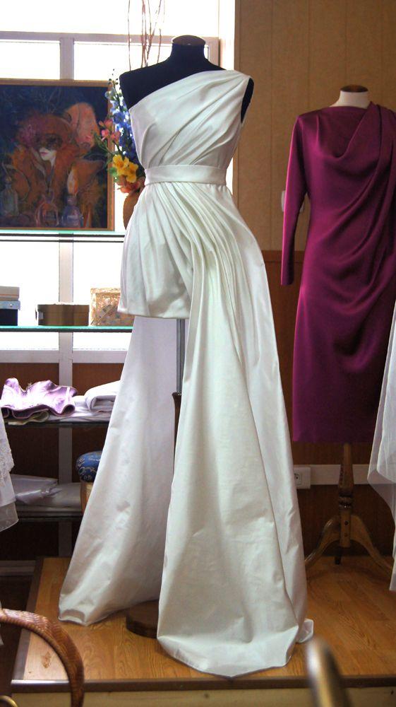 duchesse silk dress for Oksasna
