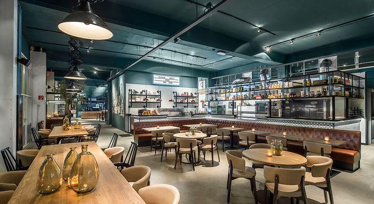 137 beste afbeeldingen van blauw interieur blauwe muren entree restaurant bar en restaurants - Kleur trendy restaurant ...