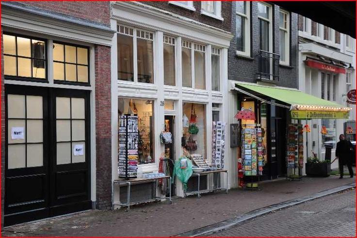 Typische detailhandel in de Staalstraat