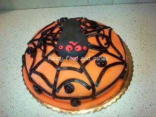 Halloween: torta ragno con ragnatela - Halloween spider cake with cobweb  by Fancy Food and Cakes