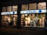 Dal 1987 il negozio tradizionale offre un vasto assortimento di biancheria intima, pigiami e vestaglie uomo, donna e bambino. Sito a Milano, con la vendita on-line garantisce consegne in tutta Italia, isole comprese.