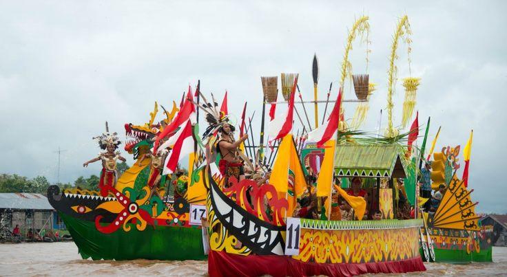 Isen Mulang Festival Kalimantan