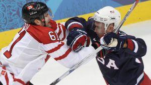 Tu sais que tu suis le hockey à Sotchi quand... dans le lien suivant http://wp.me/p44N8G-4Y Sochi 2014, Sotchi 2014, JO, hockey, NHL, Anaheim Mighty Ducks, BeelteJuice, USA, Canada, glace, palet