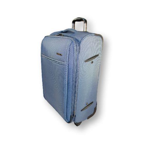 Стильные, практичные мужские и женские чемоданы малого, среднего и большого размеров на многие случае жизни. #travel #luggage #blue #Laptop