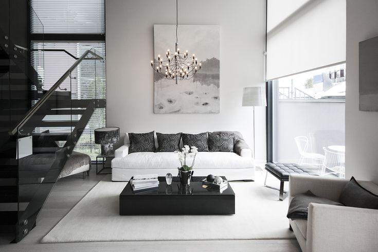 Asuntomessut 2015 Vantaa | Kohde 35 Urban Villa 1.Flos 2097/30 -kynttiläkruunu.