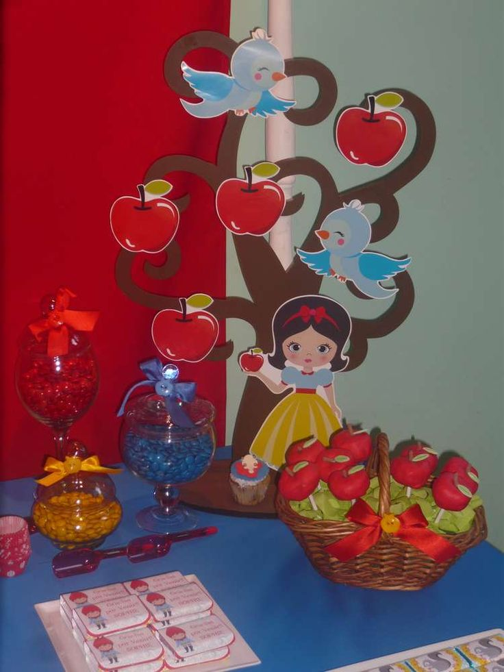 Snow White girl birthday party!  See more party planning ideas at CatchMyParty.com!