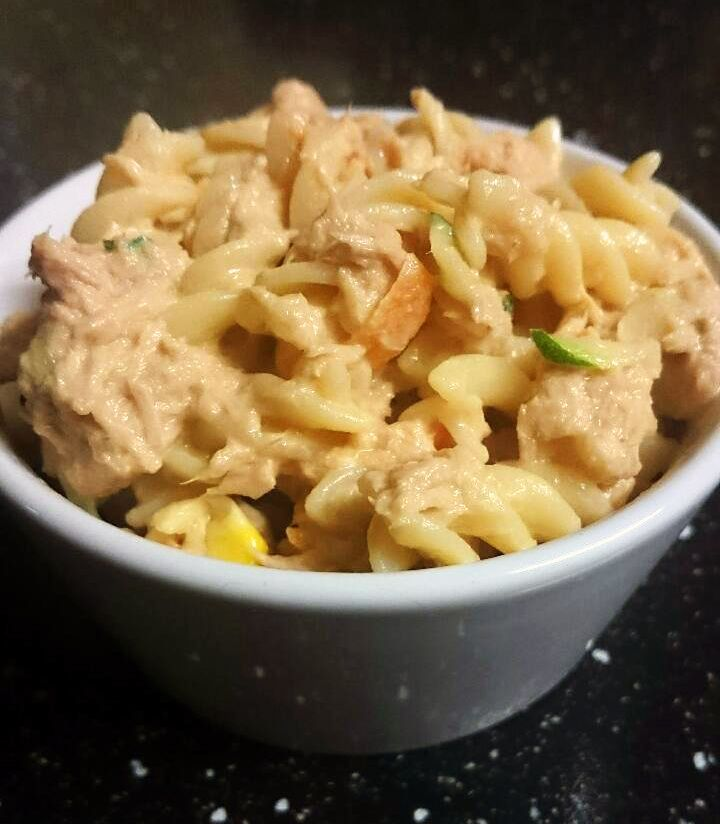 Creamy tuna pasta for toddlers with 3 vegetables