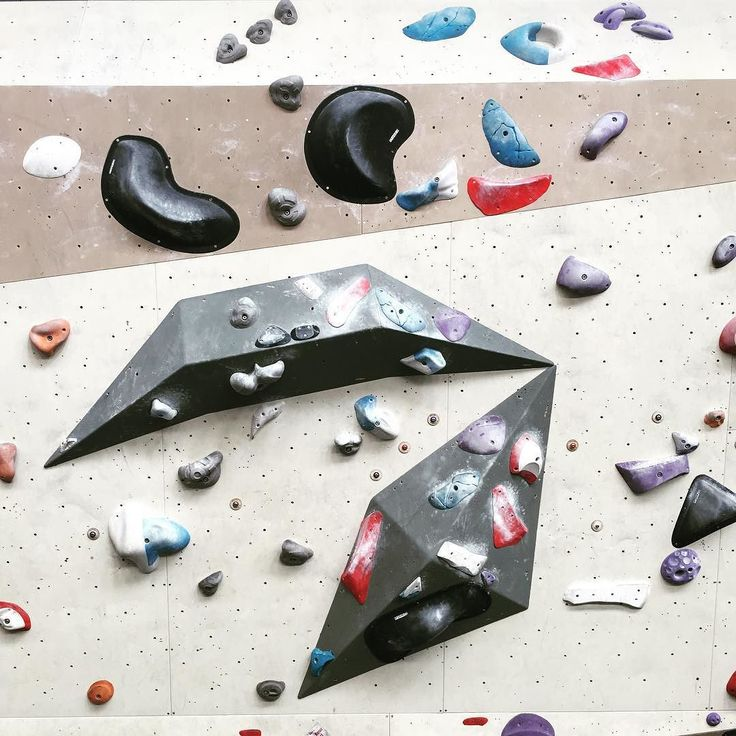 I'm no climber but I really enjoy bouldering gyms and not only for the music cake and coffee...