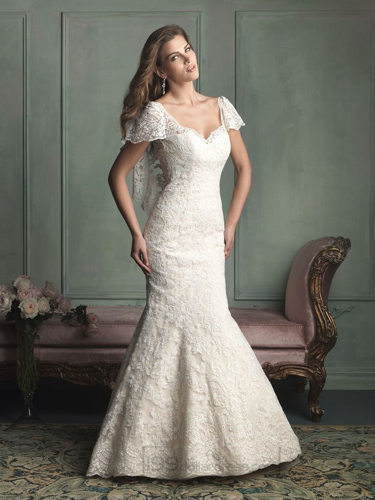 Unique Short Butterfly Sleeves Mermaid Wedding Dresses with V-back