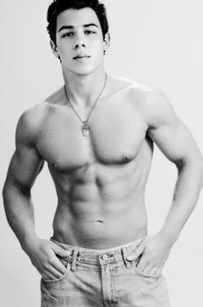 nick Jonas, idc how old you are..you are one sexy piece of man meat!