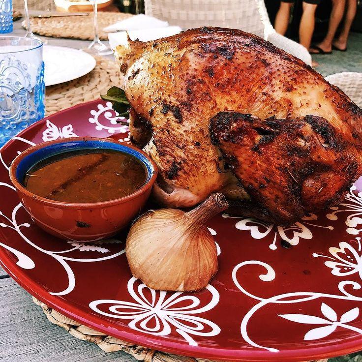 Zobacz jak zrobić kurczaka z rożna klikając link w bio #grill #grillgazowy #broilking #broilkingpl #broilkingpolska #vsco #vscocam #jedzienie #mniam #kurczak #chicken #onion #cebula #grillowanie