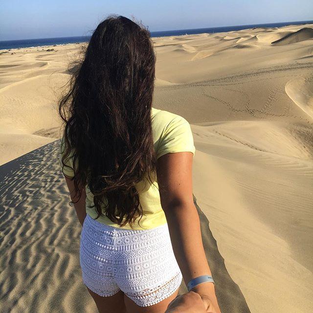 """""""Jetzt sind es schon fast 2 Jahre, wo du mir gezeigt hast, was es heißt zu lieben. Bei guten und schlechten Zeiten lässt du mich nie im Stich. Du hast einfach Herz aus Gold und ich weiß garnicht womit ich sowas wie dich verdient habe..du bist nicht nur meine große Liebe, sondern auch mein bester Freund. Ich liebe dich 💋  #couplegoals #vacation #trip #follow #grancanaria #tbt  #sun #summer #travel #couple #beautifuldestinations #love #awesomeglobe #travels #white #canarias #hashtag #yellow…"""