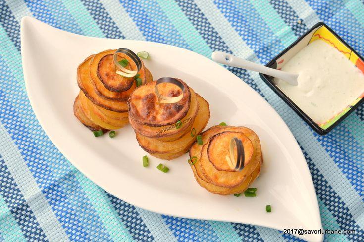 Rondele de cartofi la cuptor - turnulete in forme de briose | Savori Urbane