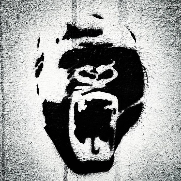 street art berlin @ chorinerstr. - photo by ironwhy #gorilla #streetart #scream #roar #rage #angry #ape # monkey #berlin #streetartberlin #urbanart #art #publicart #streetartistry #mural #grafittiart #graffiti #artistunknown #stencilart #stencil #ironwhy #prenzlauerberg #chorinerstrasse
