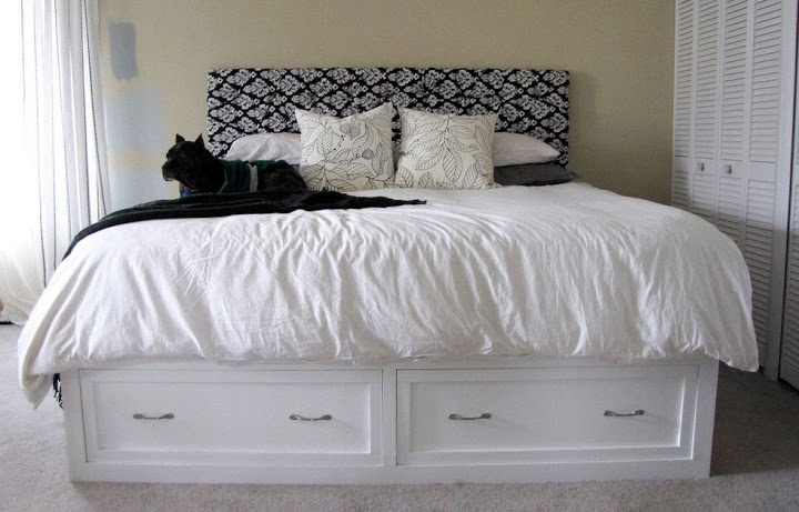 DIY Knock Off of Pottery Barn's Stratton Bed (with drawers!)... plans for queen or king!