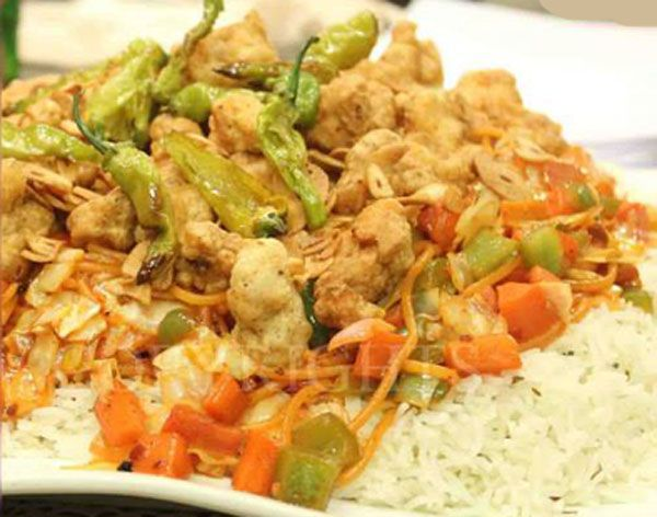 Already we shared Singaporean Rice Recipe in Urdu and everybody loved it. Now try this tasty Singaporean Rice Recipe and I hope you will love this recipe.