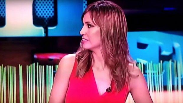 Este jueves una mujer ha interrumpido la emisión en directo del programa 'El Intermedio' de La Sexta solicitando ayuda por presuntas amenaza