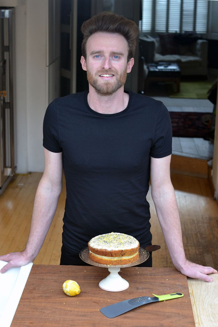 Iain Watters, from Great British Bake Off baking a lemon, courgette and poppy seed cake for üutensil www.uutensil.com