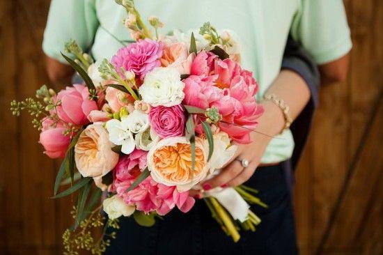 Stunning summer wedding bouquet! #bouquet #wedding #engagement #pink Floral Designer: Petals Couture --- http://petalscouture.com/