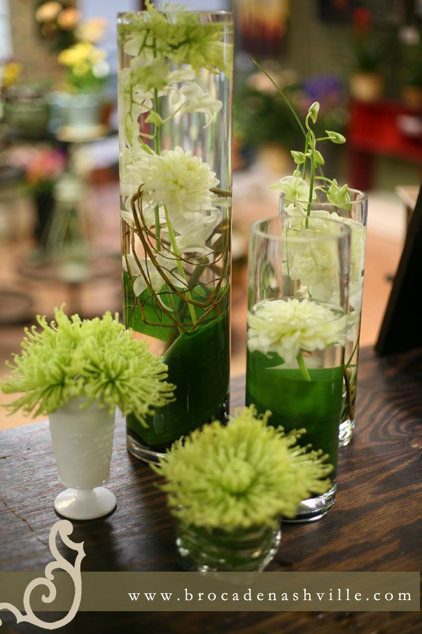 Loft Wedding Green Spider Mums And White Dahlias Centerpieces