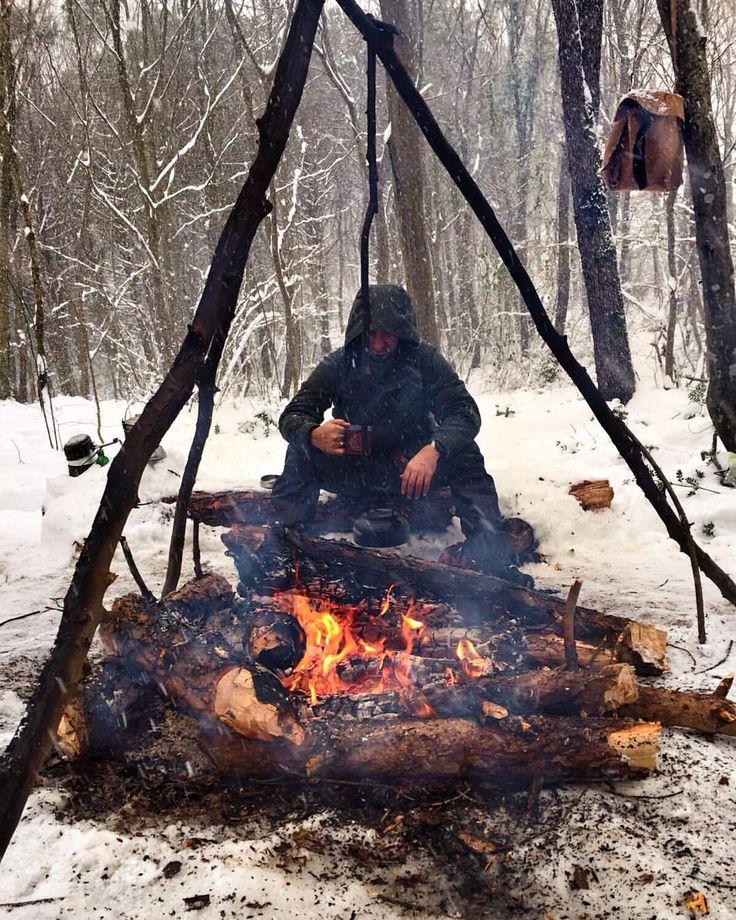 Camping date.
