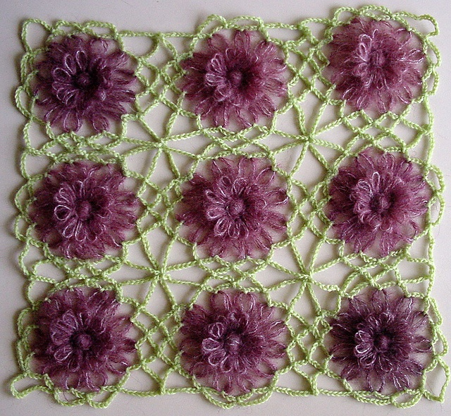The Spider Web Join for Flower Looms by Sarah Bradberry.  And yet another free tutorial on joins.  Beautiful