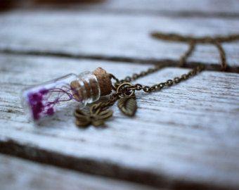 Collana Bottiglia di vetro con i fiori secchi dentro - Modifica inserzione - Etsy