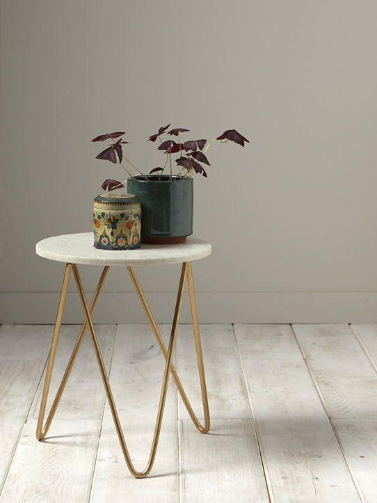 Design chic et épuré pour cette table de chevetou petite table d'appoint.2 détails qui ne vous laisseront pas de marbre ! Détails Diam. 33 cm. Haut