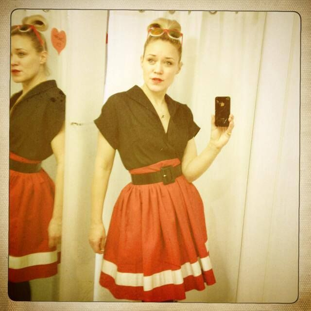 Dixie Grey - red hot skirt. 50´s Fashion