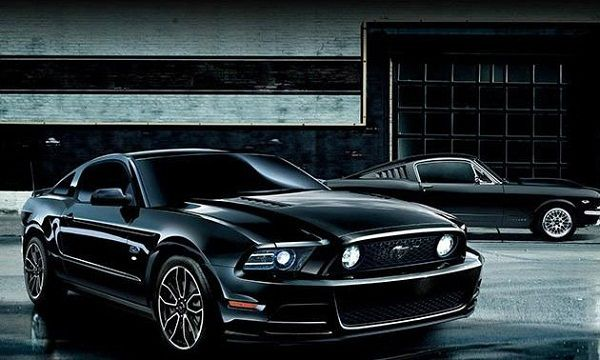 2015 ford mustang black