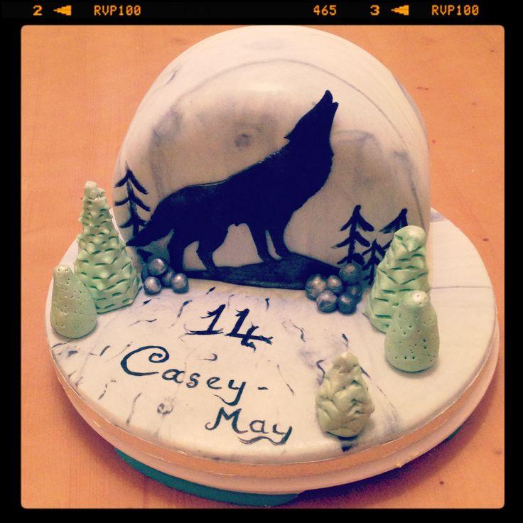 The Animal Jam Whip: Animal Jam Pastries  Howling Wolf Animal Jam Cake