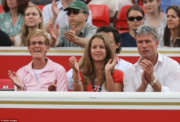 Andy Murray's mother, Judy (L), Kim Sears and her father Nigel cheer on Murray at Stella A...