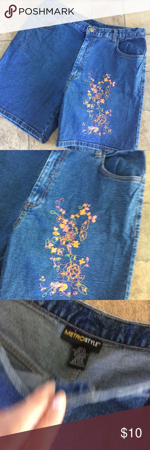 Metro Style Embroidered Jean Shorts Sz 16 Jean Shorts Embroidered with flowers.Nice condition,Sz 16. Metro Style Shorts Jean Shorts