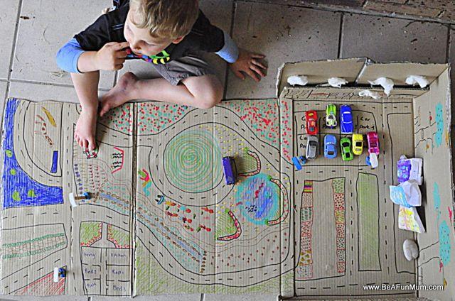 cardboard box cityDoors, Boxes Cities, Cardboard Boxes, Kids Activities, Cardboard, Plays Ideas, Fun, Drawing, Plays Mats