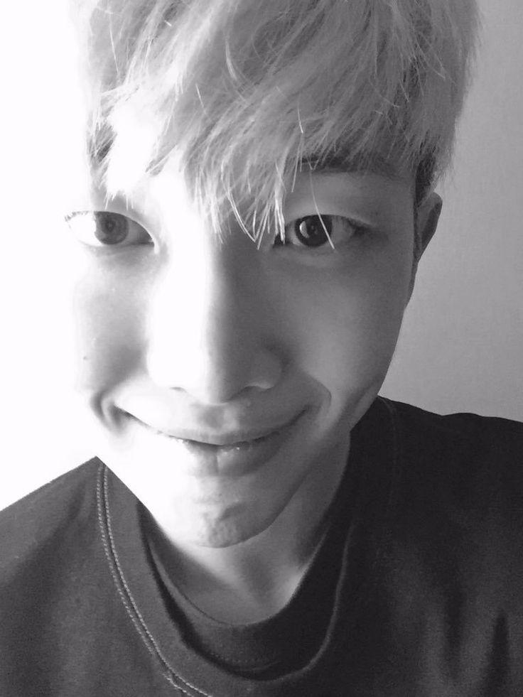Namjoon black and white ❤️