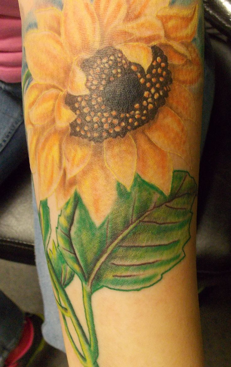 Realistic Color Sunflower Tattoo (maybe a sunflower with ...