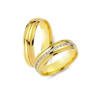 Μοναδικές γαμήλιες βέρες CHRILIA 45 με λεπτό αυλάκι και τετραγωνάκια και μία σειρά από διαμάντια στη γυναικεία βέρα   ΤΣΑΛΔΑΡΗΣ στο Χαλάνδρι #βερες #γάμου #wedding #rings