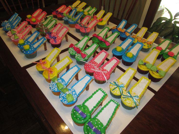 high heel shoe cupcakes cupcakes cake pops
