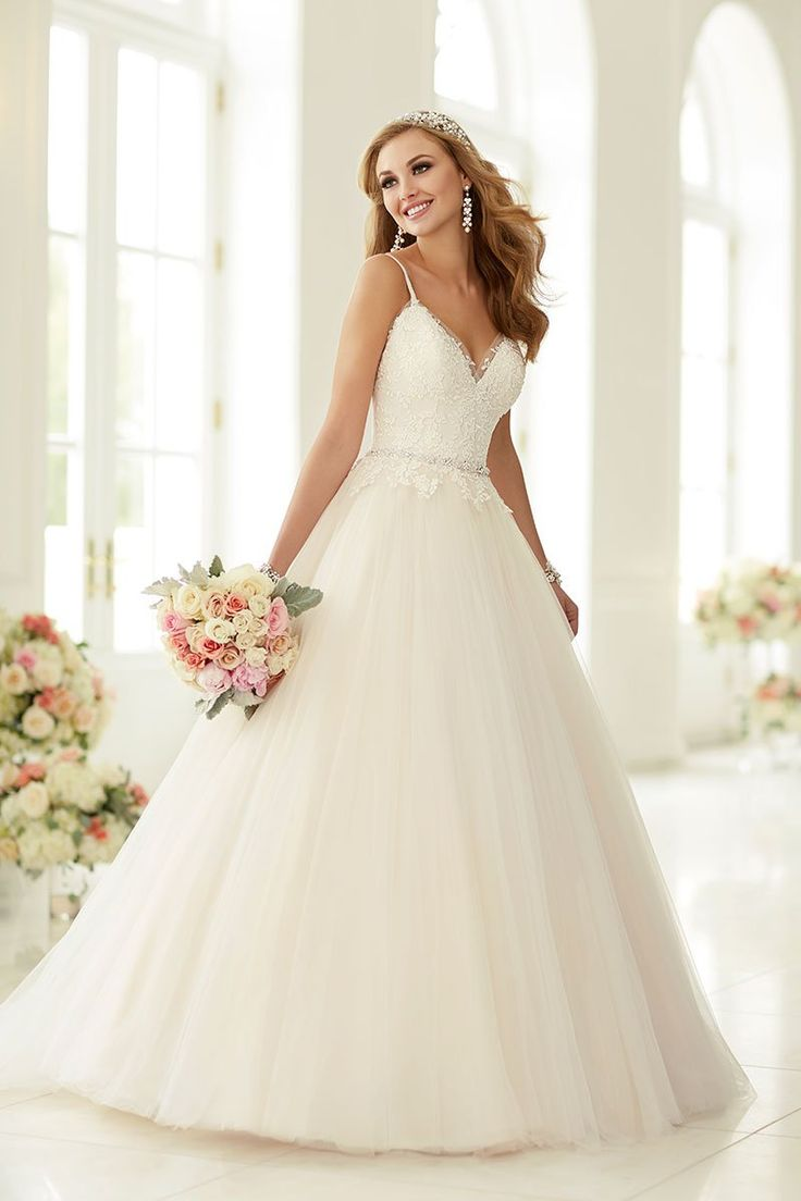 best Pretty Things images on Pinterest Wedding frocks Short