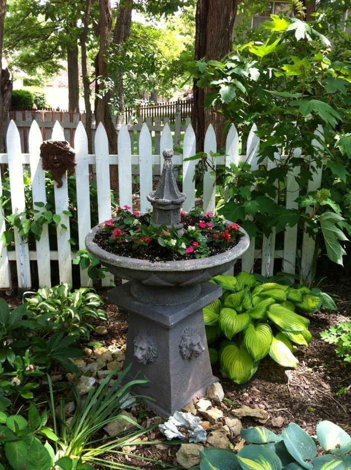 25 best ideas about springbrunnen garten on pinterest springbrunnen wasserspiel selber bauen. Black Bedroom Furniture Sets. Home Design Ideas
