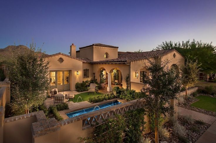 Stunning Southwest Style Home With Luxurious Interior