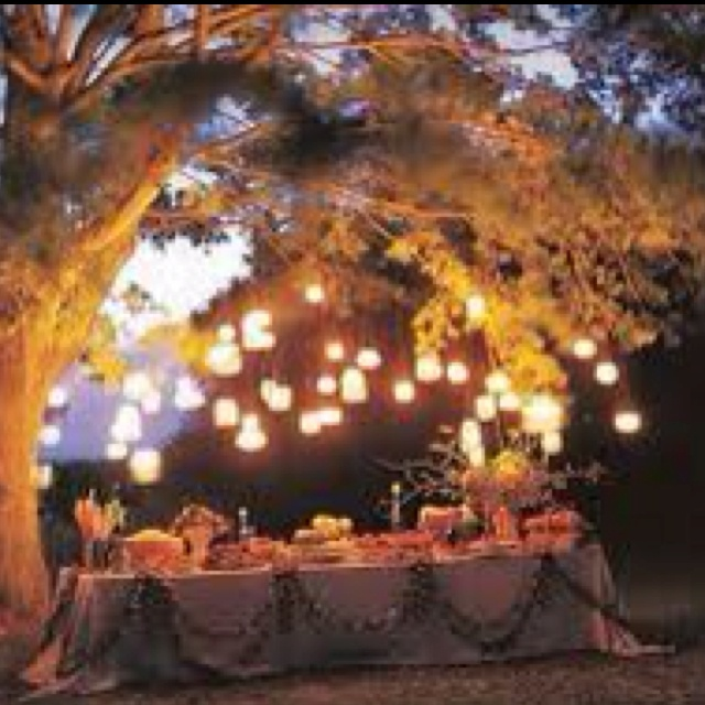Hanging Mason jars..... Enough said. Candles, Dinner Parties, Wire Hangers, Outdoor Parties, Mason Jars Lanterns, Hanging Mason Jars, Mason Jar Lanterns, Gardens Parties, Jars Lights