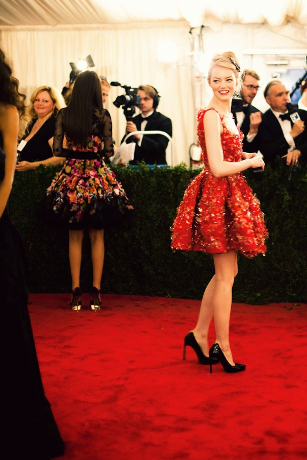Emma: Girls Crushes, Little Red, Style Inspiration, Parties Dresses, Red Carpets, Style Icons, Shorts Dresses, The Dresses, Emma Stones