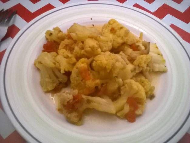 Coliflor con tomate,cúrcuma y hierbas provenzales (olla de cocción lenta-slow cooker-CrockPot).