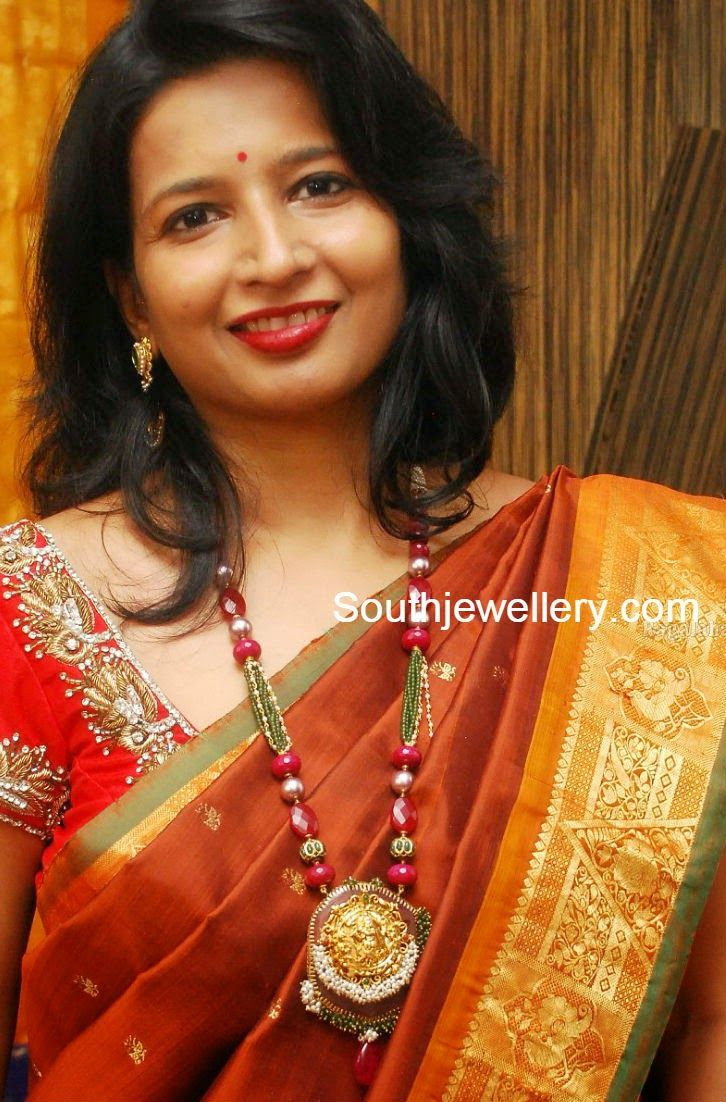 Suhasini in gundla haram jewellery designs - Pearls And Beads Haram Models Jewellery Designs
