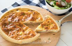Quiche lorraine - zoals het hoort met creme fraiche en bacon (geen kaas!) - Keukenliefde