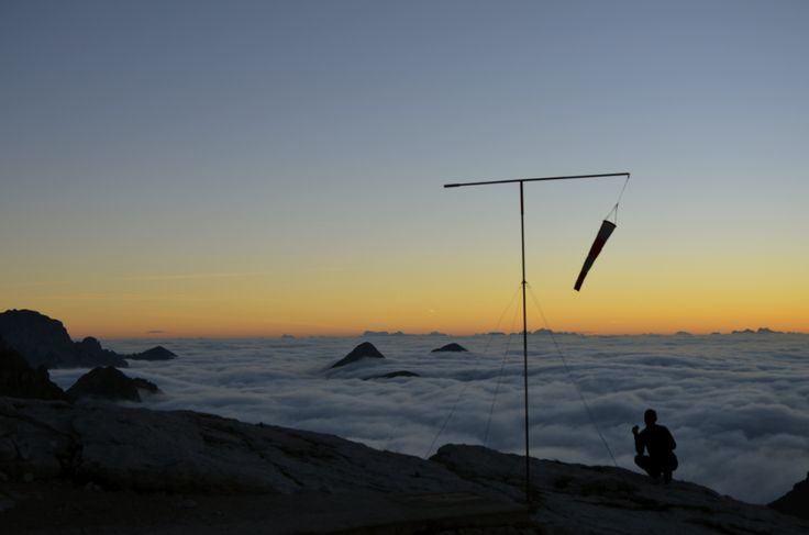 Alba sul tetto del mondo, un'esperienza da provare - Rifugio Pedrotti